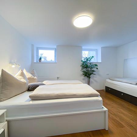 Schlafkomfort für bis zu 3 Personen mit 1 Doppel- und 1 Einzelbett.