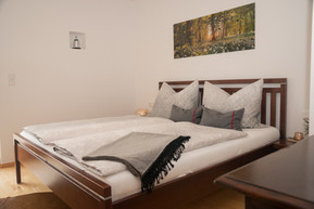 Schlafzimmer No2