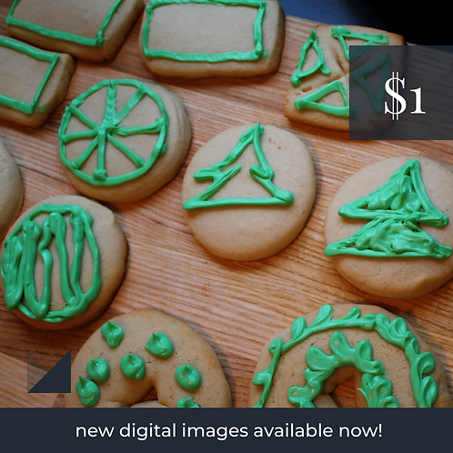 Digital Web Graphic   Christmas Cookies with Green Icing   Photography