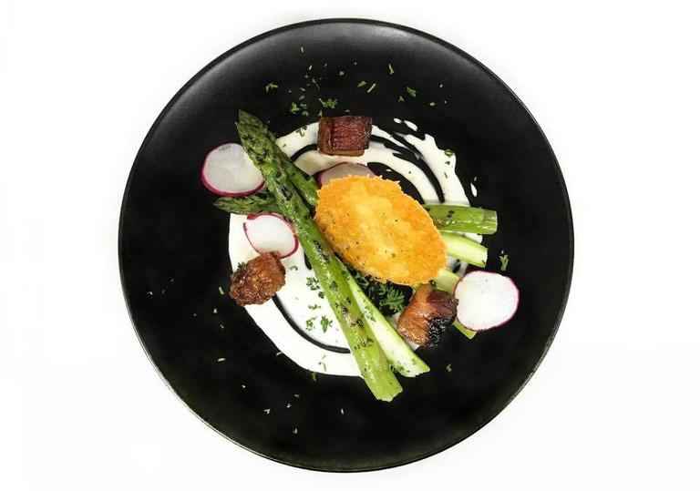 Asparagus and smoked bacon salad