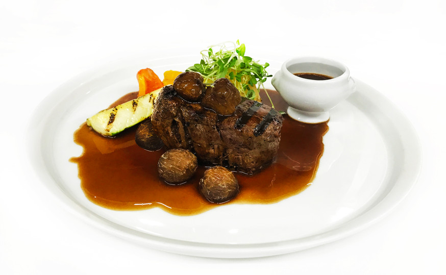 Beef tournedos with chestnuts