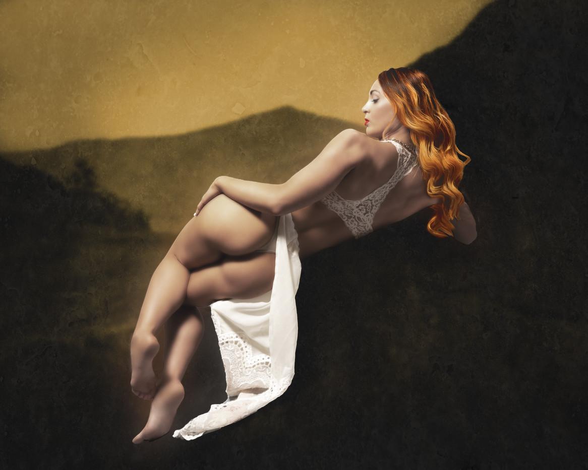 Reclining Goddess-1156.jpg