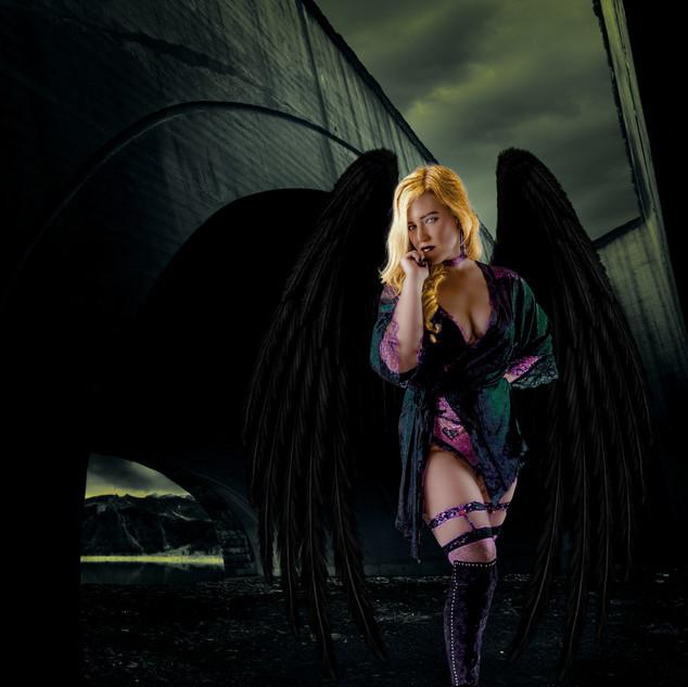 Lindsay_wings_4058.jpg