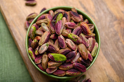 High quality green pistachio nuts growin