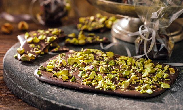 tavolette-di-cioccolato-ai-pistacchi