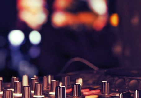 What to know when booking a Professional Wedding DJ in Ireland (Part 1):