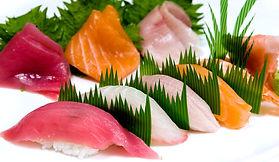2sushi_sashimi.jpg
