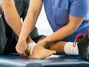 The Difference Between A Chiropractor And A Sports Medicine Physician