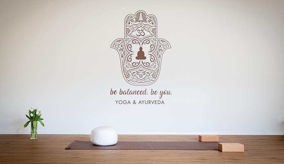 be balanced. be you. Yoga bild-schoen_gmb