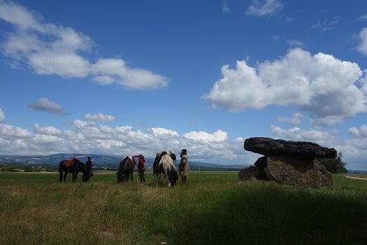 Pause au dolmen de Tiergues