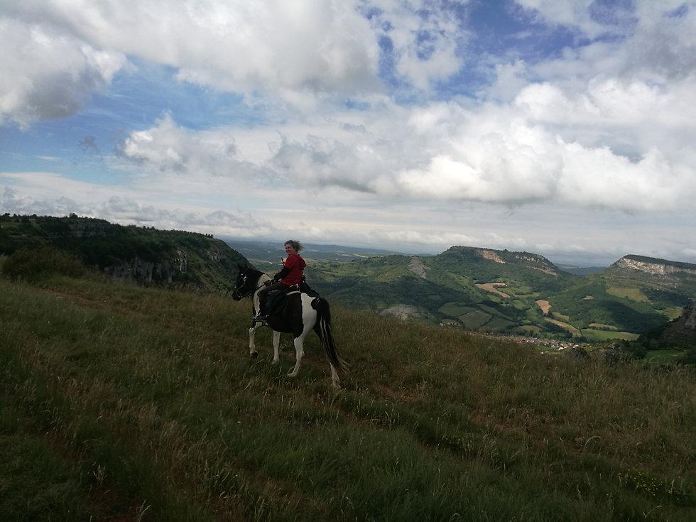 A cheval en bordure du Larzac