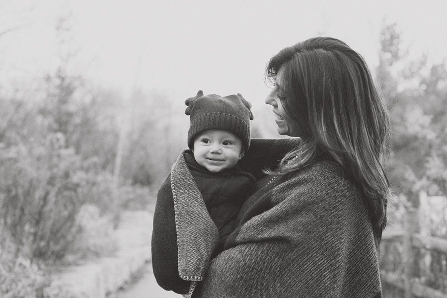 mommy and me photography, christmas family photos, holiday photography, mommy and me, that single mom Charlene Lizette, Charlene Lizette