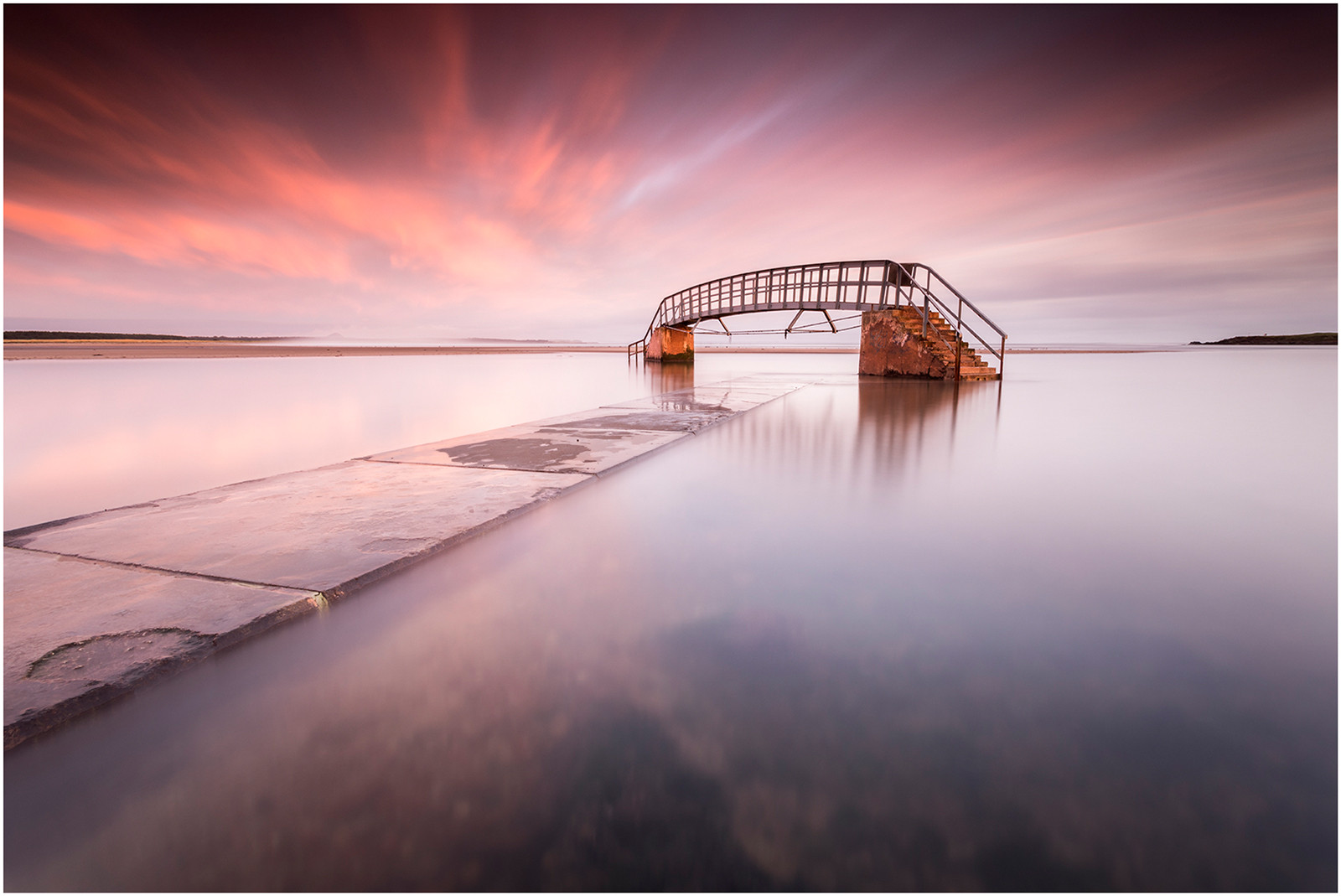 COLOUR - BRIDGE TO NOWHERE by PAUL KILLEEN (15 marks)