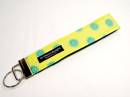 Blue Teal Motif on Yellow - Regular