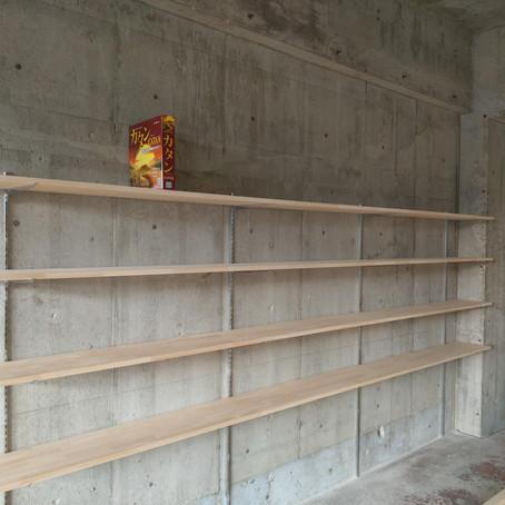 【日記】RUST東刈谷最終2日は3500円フリー!新店舗移転準備中/ボードゲーム棚や入口、内装が出来上がってきました