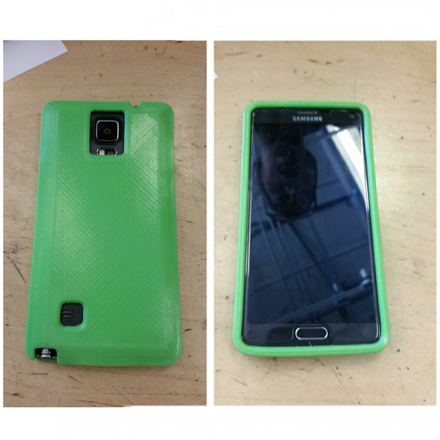 #3Dprint #ninjaflex  finally designed and printed a #phonecase for my note4, bouncy bouncy_#auxsmade