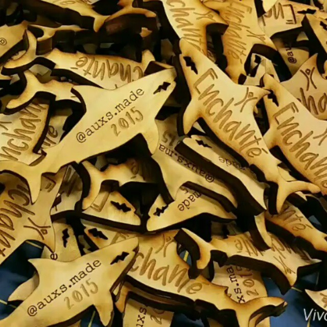 #Enchanté #burningman #sharks #swarming _#laseretched #lasercut #pendants _it's feastin' time!_#auxs