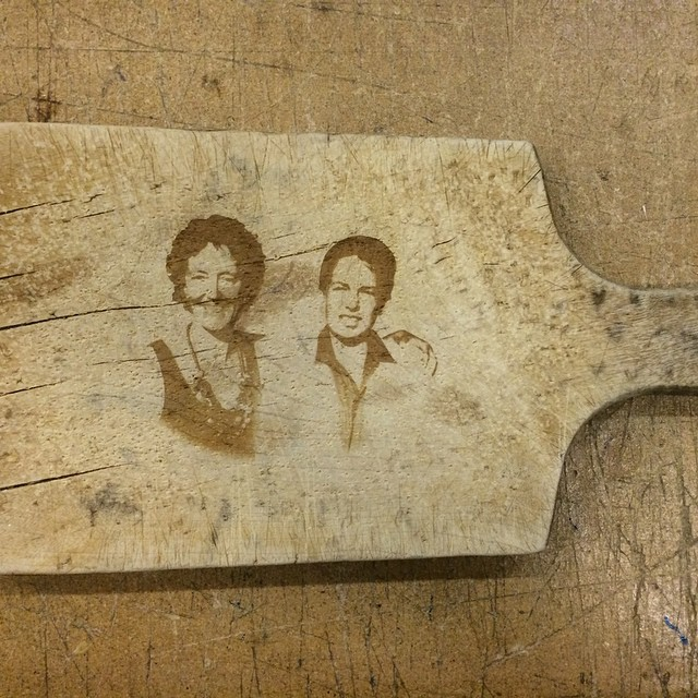 just a simple #laseretched  cutting board for a friend ;)