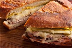 bbi Cafe & Sandwich Bar
