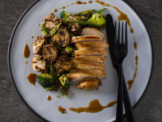 ASIAN QUINOA SALAD WITH HONEY AND SOY PAN FRIED CHICKEN BREASTS