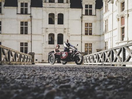 Découvrez les châteaux de la Loire autrement à bord d'un authentique side-car avec RETRO TOUR