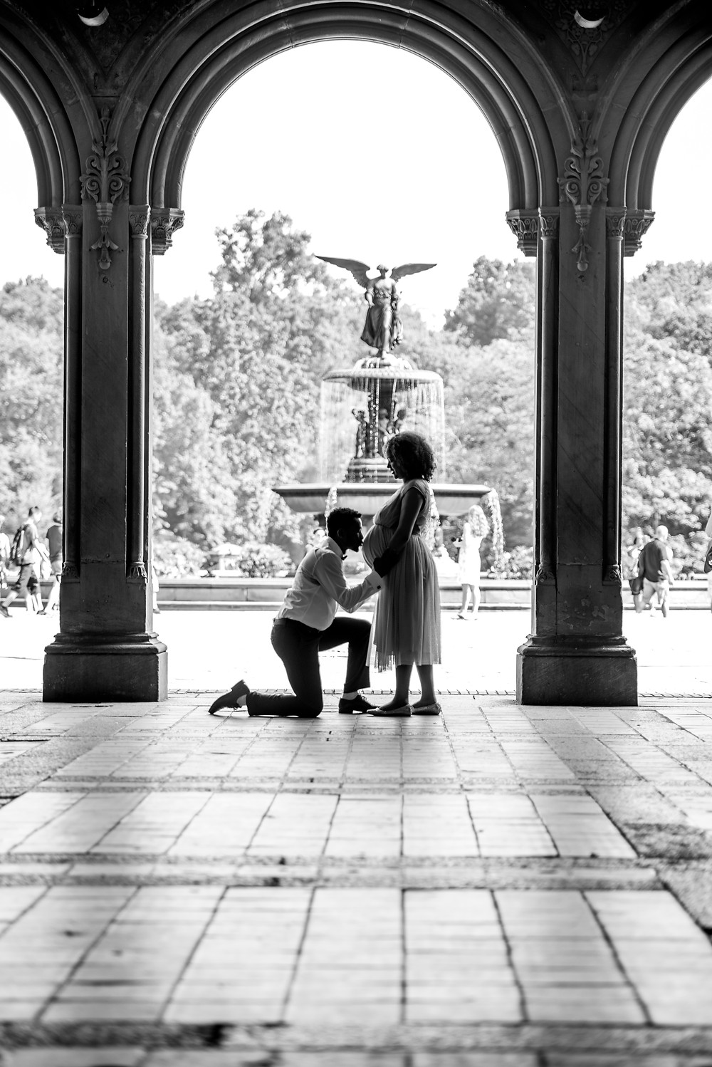 NYC Central Park Maternity Shoot