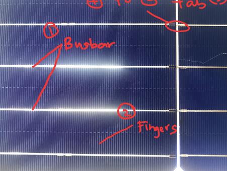 Apakah fungsi garisan halus dan kasar di solar panel anda?