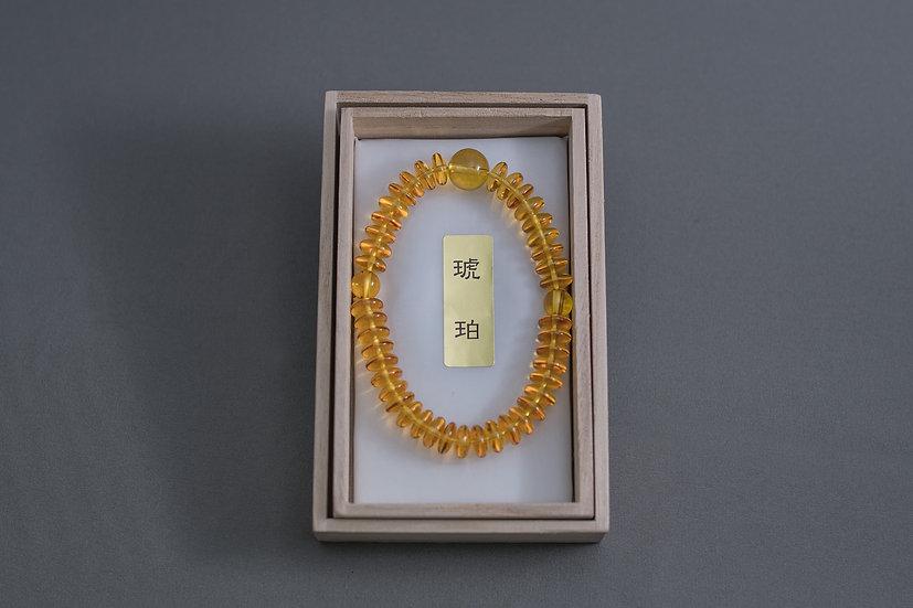 アンバー琥珀平玉 6×8mm