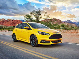 2018-ford-focus-st-front-view-carbuzz-47