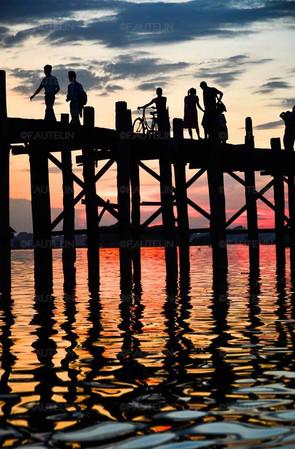 Un soir sur le pont U Bein