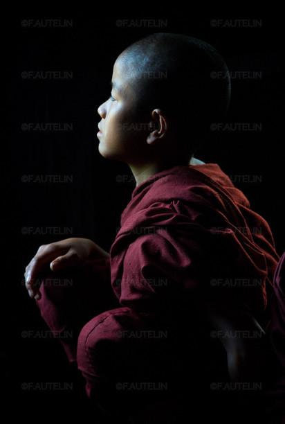Jeune enfant moine