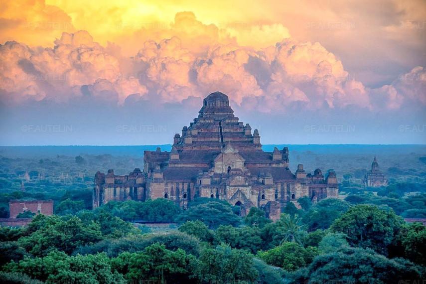 Temple au crépuscule