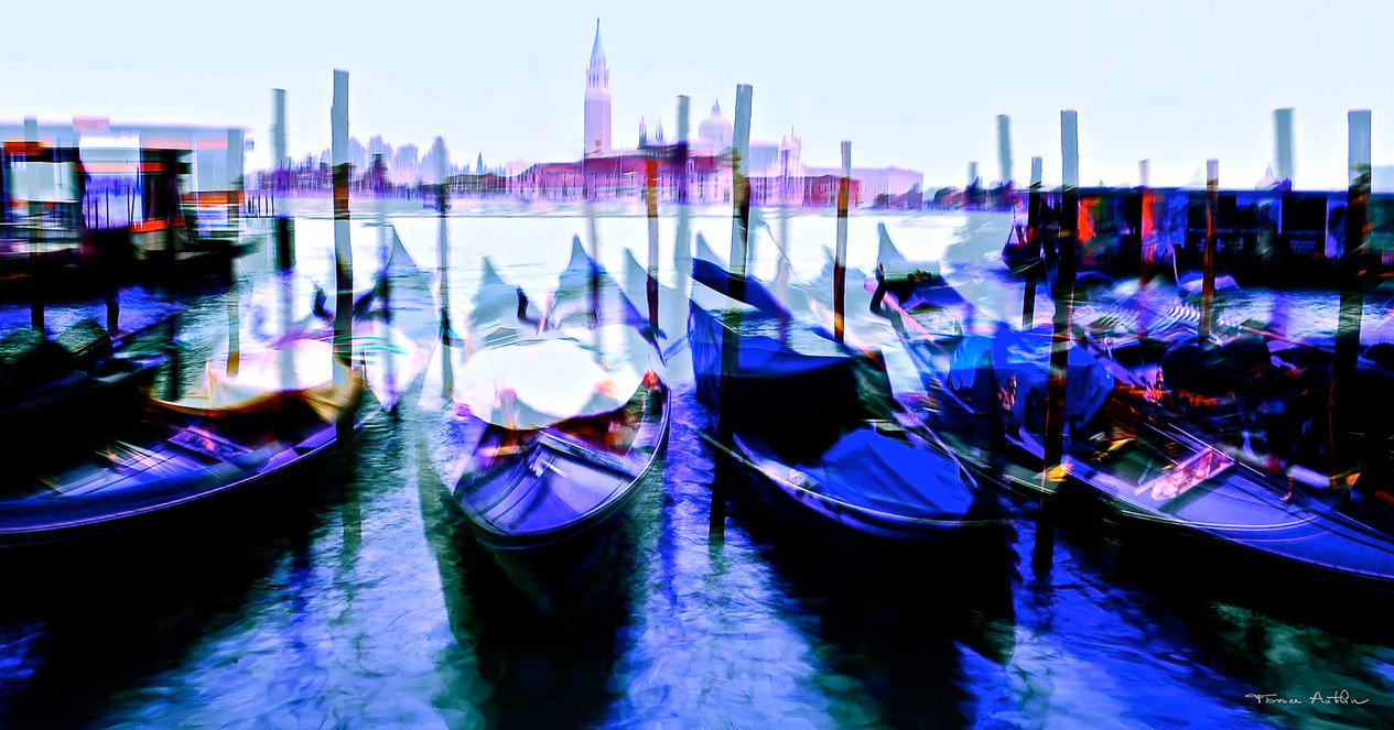 Blue gondolas.jpg