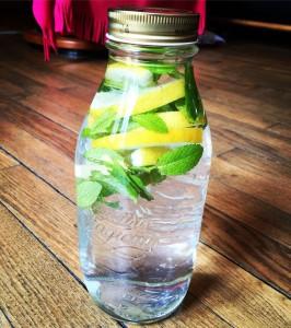 eau aromatisée citron menthe