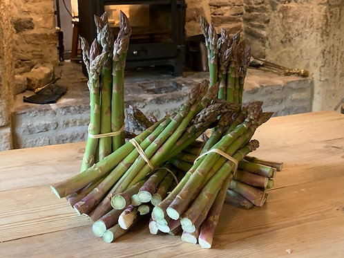Asparagus (250g) grown by Alan Cox