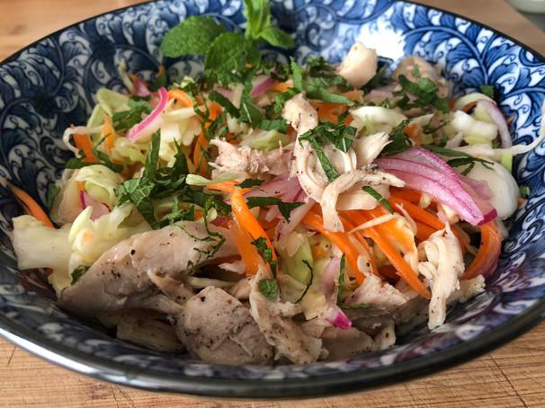 Salade Vietnamienne au poulet. 14€
