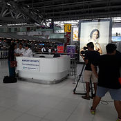 sing serie Airport shoot .jpg