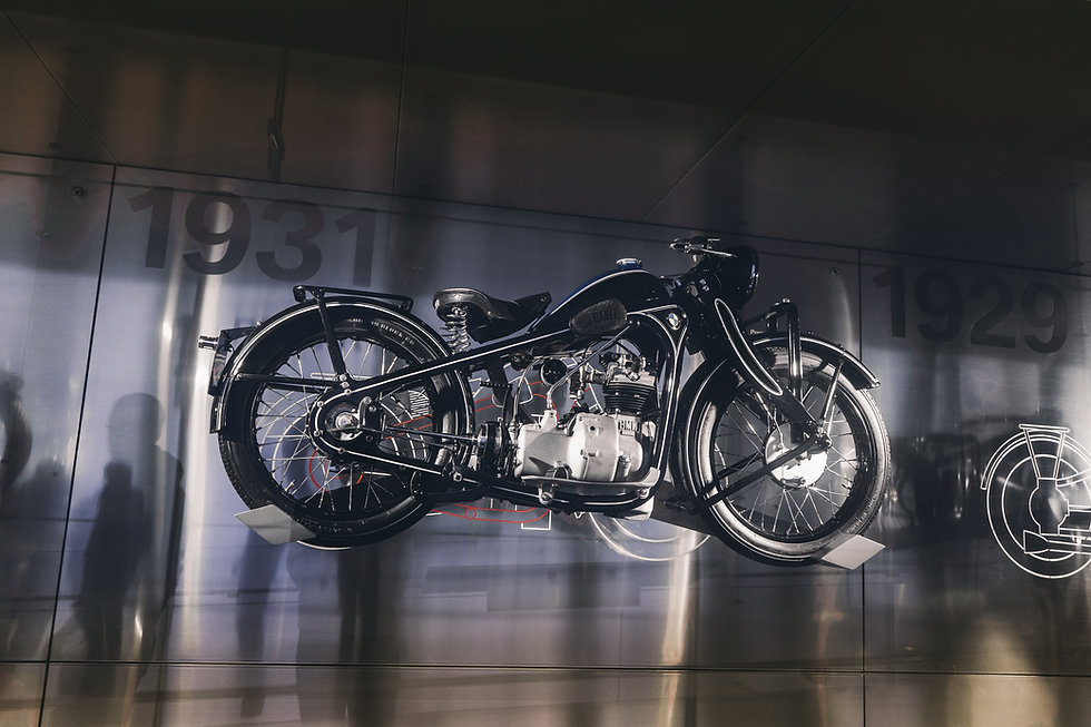 black-and-gray-motorcycle-scale-model-21