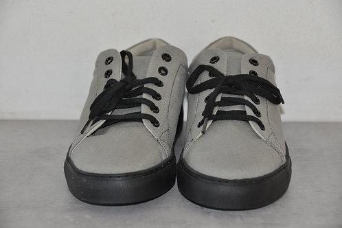 Sneaker, zwarte zool, grey