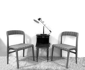 chaises a carreaux - copie.jpg