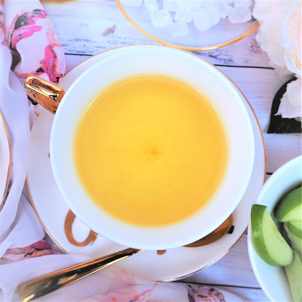 Georgian Glow organic herbal tea blend helps promote digestive health