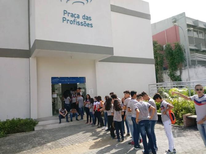 Alunos visitam Praça das Profissões e museus na Paraíba