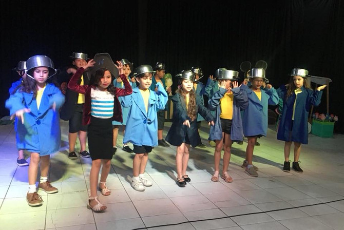 Teatro lota para a Semana de Literatura Infantil