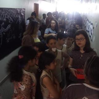 """A edição de 2018 da Mostra de Conhecimento IAE recepcionou estudantes de outras escolas e a população no dia 29 de agosto. Nossos estudantes tiveram a oportunidade de ensinar assuntos relacionados ao tema, """"Corpo humano: uma máquina perfeita""""."""