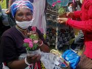 give a little Xmas heartLight to Nyanga!