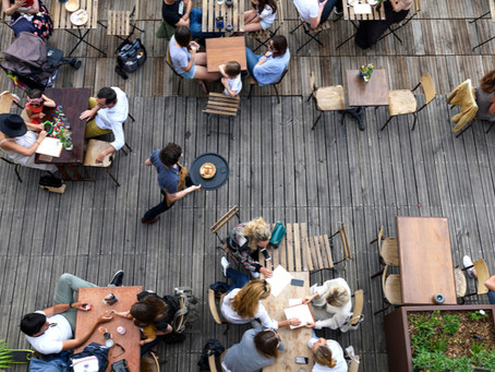 Why Partitions Are A Hot Trend For Restaurants
