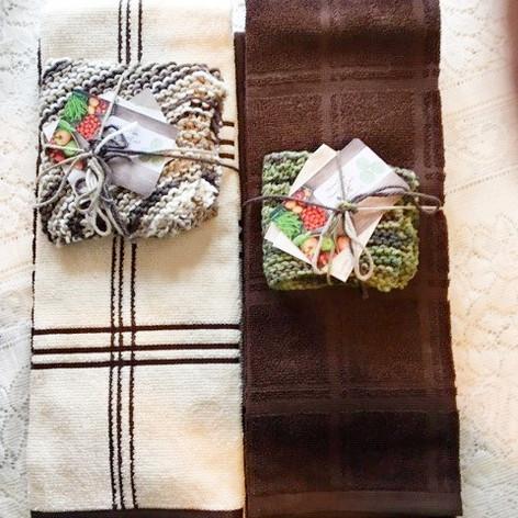 45/46. Hand-Sewn/Knit Towel Set w/MFT Store Gift Cert and Applesq