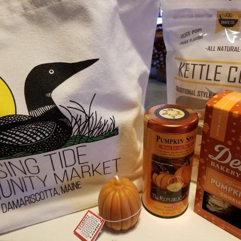 40. Fall Pumpkin Gift Bag