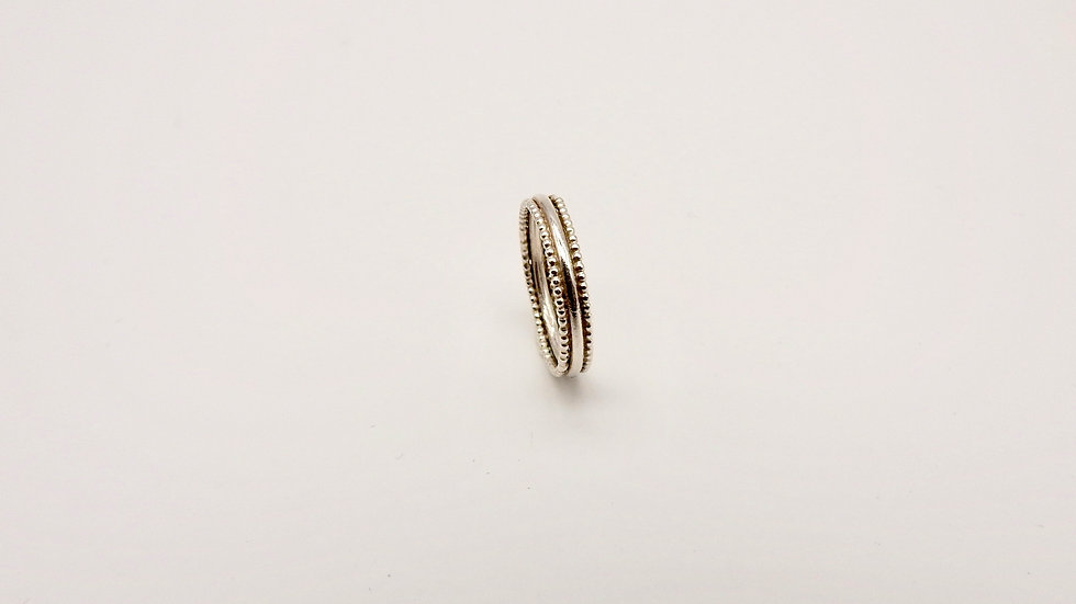 Silver Ring with bobble edge
