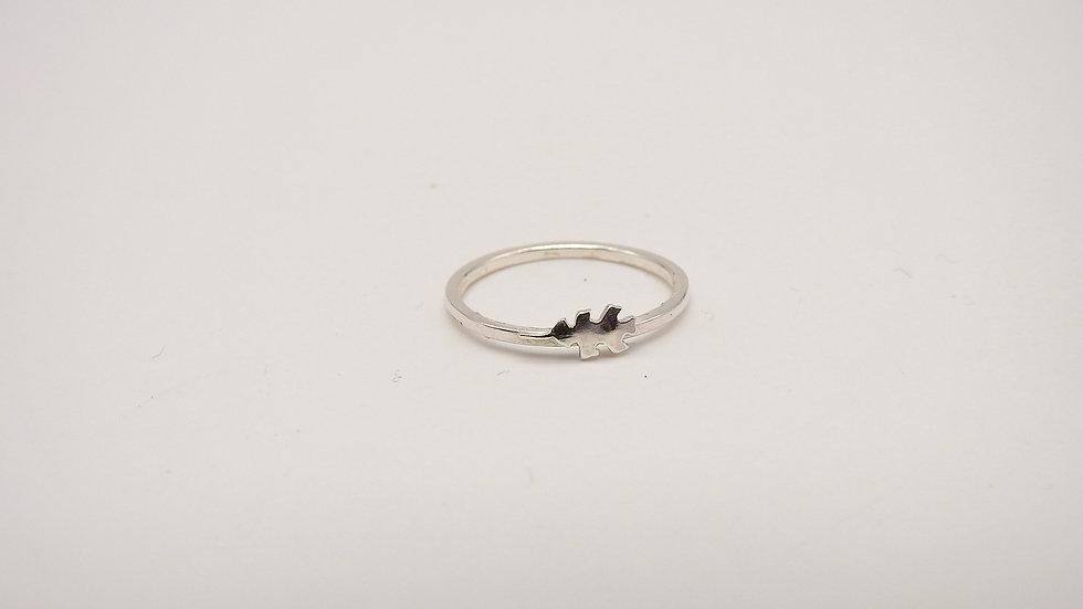Tiny Oak Leaf Ring